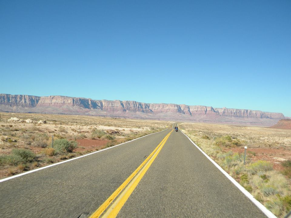 canyon-straight-down-road