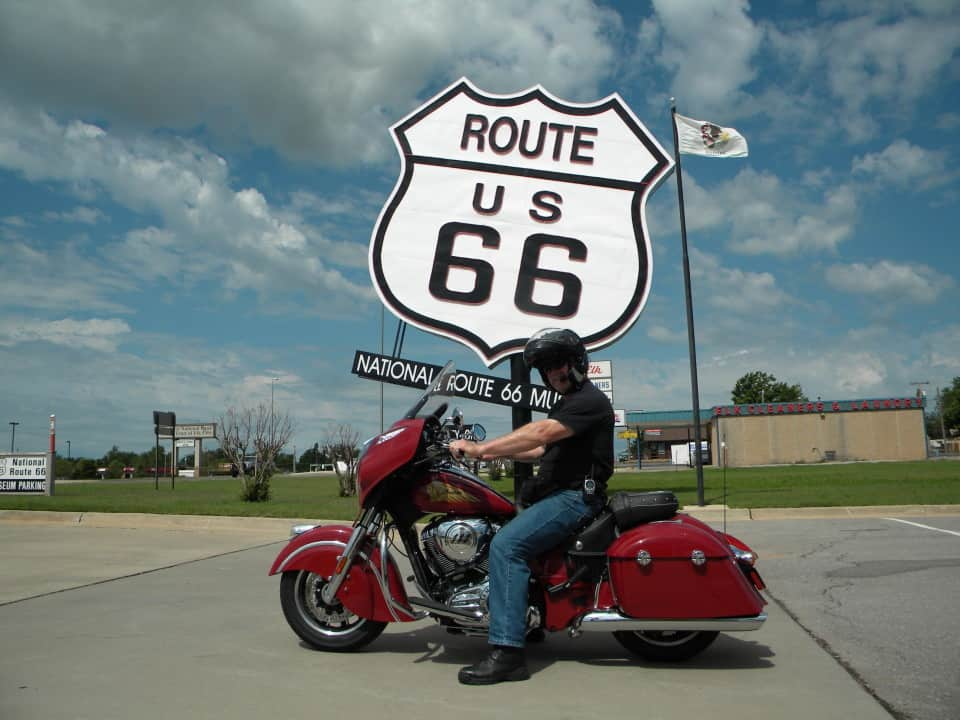 rt 66 guided motorcycle tour route 66 chicago to la motorcycle tour. Black Bedroom Furniture Sets. Home Design Ideas