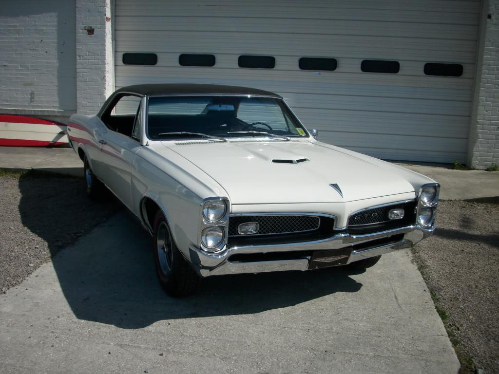 Rent a Pontiac GTO Classic Muscle Car